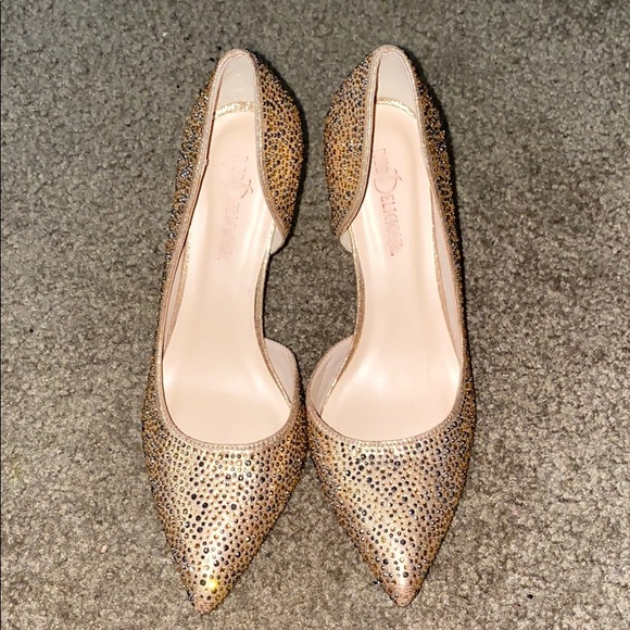 Shoes - Gold Studded Diamond Heels